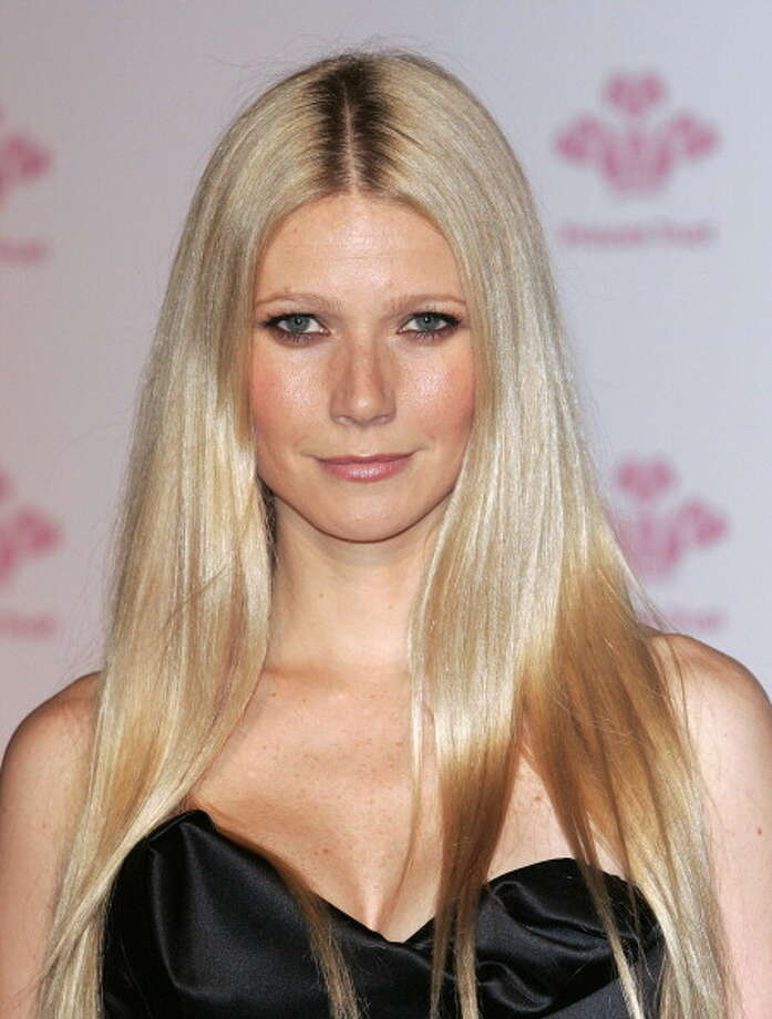 Gwyneth Paltrow Attends A Prince's Trust Gala Evening At The Roundhouse In London. . (Photo by Mark Cuthbert/UK Press via Getty Images) Photo: Mark Cuthbert, UK Press Via Getty Images / UK Press