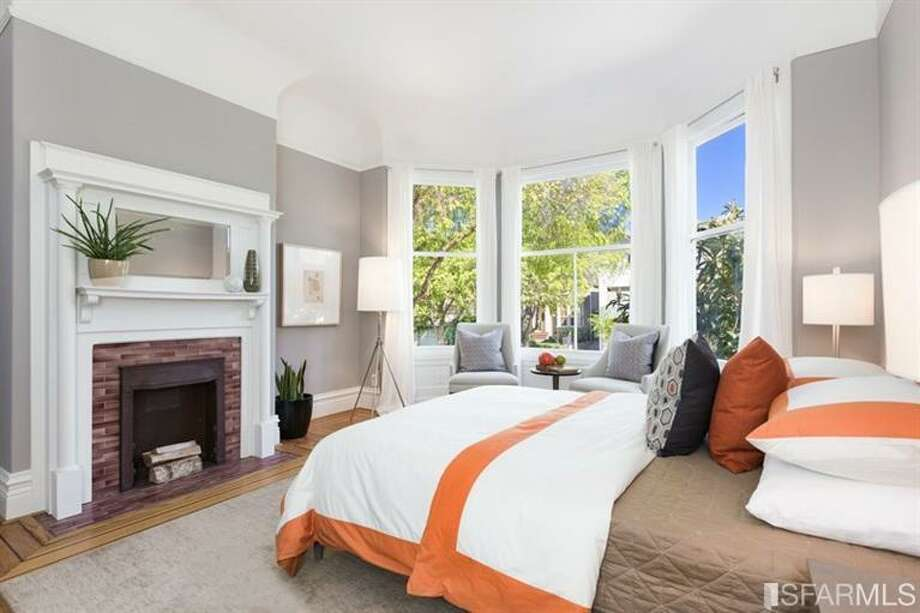 Bed. Photos: Redfin/MLS