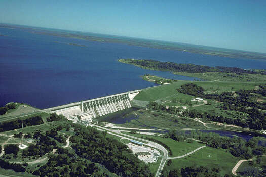 Lake WhitneyConservation storage capacity (in acre-feet): 553,344Conservation storage at the end of March (in acre-feet): 330,972 Photo: Wikimedia Commons