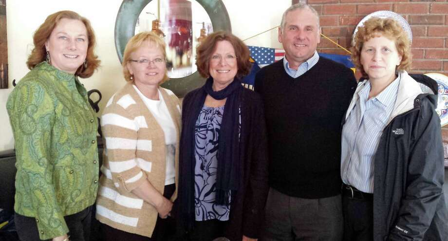 From left, Kiwanis' Kathleen Holland; Lunches with Lower Fairfield County Regional Action Council (LFRAC) Director Ingrid Gillespie; Assistant Director Kathy Brown; LFRAC volunteer Jeff Holland; and New Canaan Police Sgt. Carol Ogrinc at a recent Kiwanis Club lunch. Photo: Contributed Photo, Contributed / New Canaan News Contributed