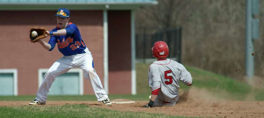 Greenwich High School faced Danbury High School in FCIAC boys baseball on Monday, April 14, 2014, in Danbury, Conn. Photo: H John Voorhees III / The News-Times Freelance