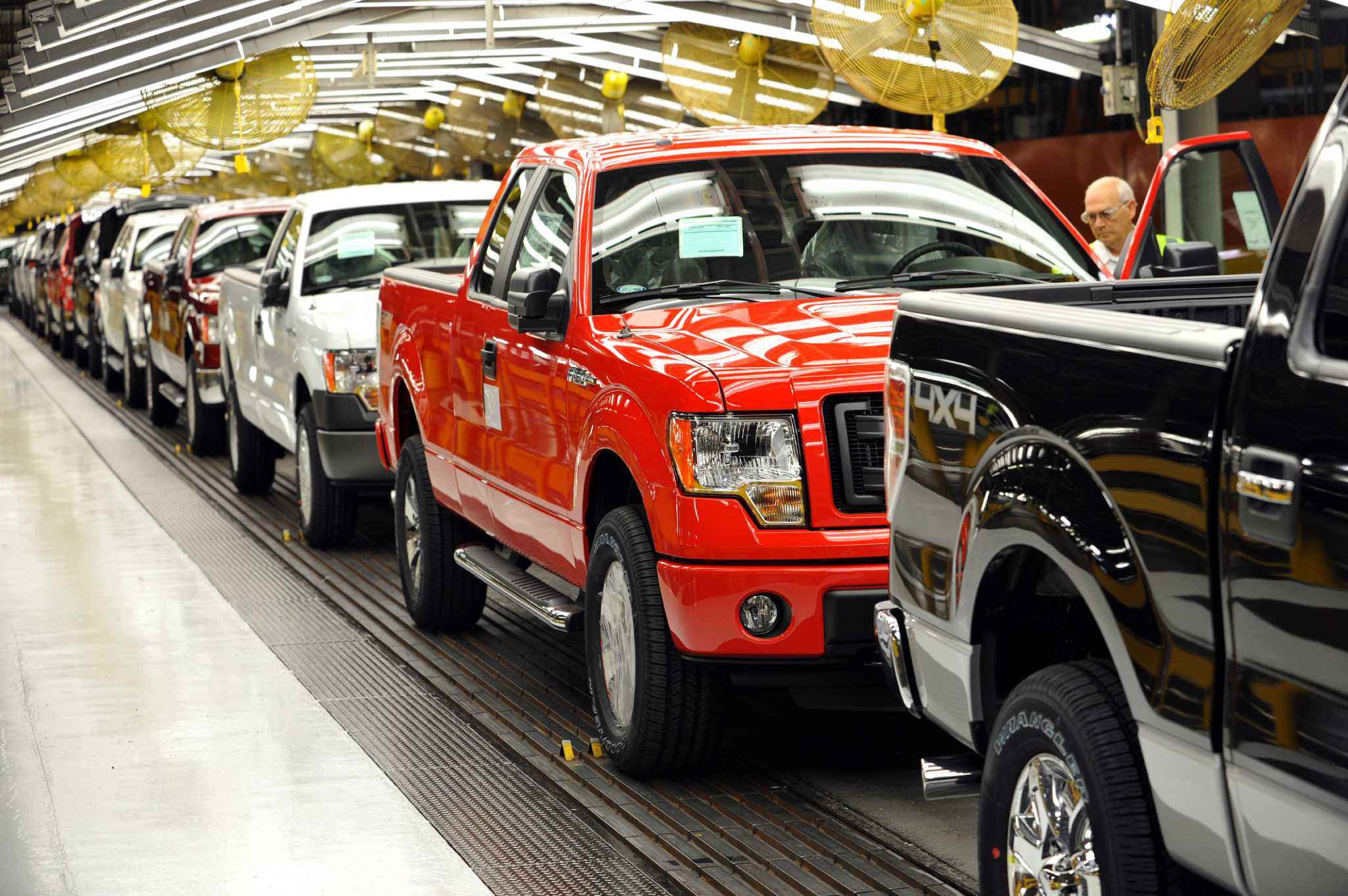 Drivers aren 39 t picking up on cng powered f 150 houston for Motor city assembly line