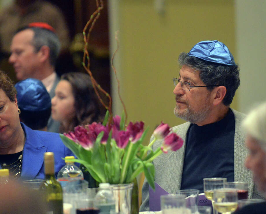 The Congregation Shir Ami second-night Seder celebrating Passover at the First Presbyterian Church in Greenwich, Tuesday, April 15, 2014. Photo: Bob Luckey / Greenwich Time
