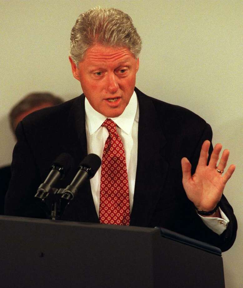 AUCKLAND, NEW ZEALAND - SEPTEMBER 12:  United States President Bill Clinton delivers a speech at the CEO Summit breakfast with APEC leaders, Sunday.  (Photo by Ross Setford/Getty Images) Photo: Ross Setford, Getty Images / 1999 Getty Images