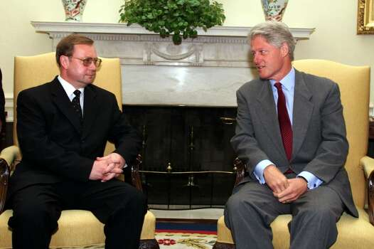 U.S. President Bill Clinton (R) Meets With Russian Prime Minister Sergei Stepashin In The Oval Office At The White House July 27, 1999. The White House Announced That The U.S. And Russia Will Hold Talks Next Month In Moscow On A Start 3 Treaty That Would Make Further Cuts In Their Nuclear Arsenals. (White House  (Photo By The White House/Getty Images) Photo: The White House, Getty Images / Getty Images North America