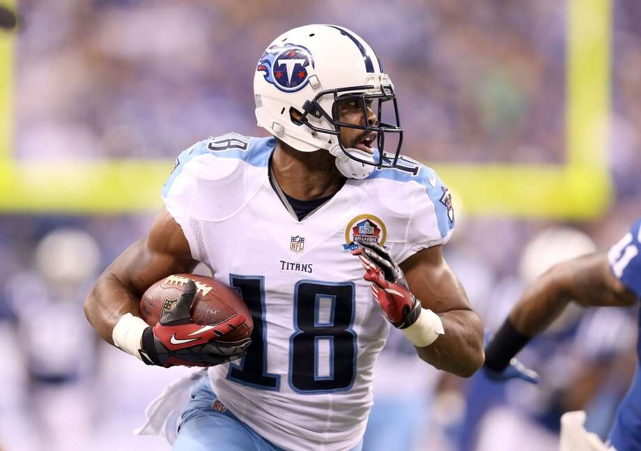 Tennessee Titans: 10 arrests  Titans receiver Kenny Britt (pictured) was arrested six times between 2010 and 2012. The downward spiral began in January 2010, when he was pulled over and arrested on three outstanding traffic warrants. After a citation that August for driving without a valid license, he was accused in February 2011 of theft by deception for allegedly not paying off his bail bonds. That April, he was arrested after allegedly eluding police in a car chase, then that June he allegedly resisted arrest after trying to hide marijuana. Britt turned himself in to police later that month on two more warrants, then was nabbed in July 2012 for allegedly driving under the influence. Britt now plays for the St. Louis Rams. Photo: Andy Lyons, Getty Images