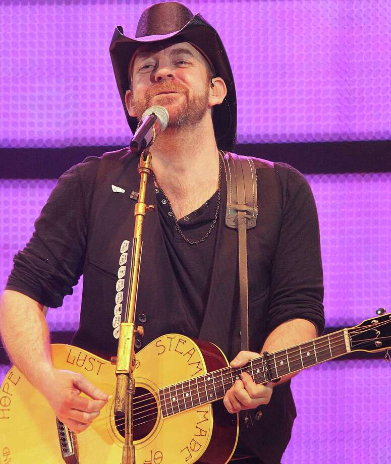 Sugarland's Kristian Bush will perform at Mohegan Sun on Saturday. Find out more.  Photo: James Nielsen, Staff / Houston Chronicle