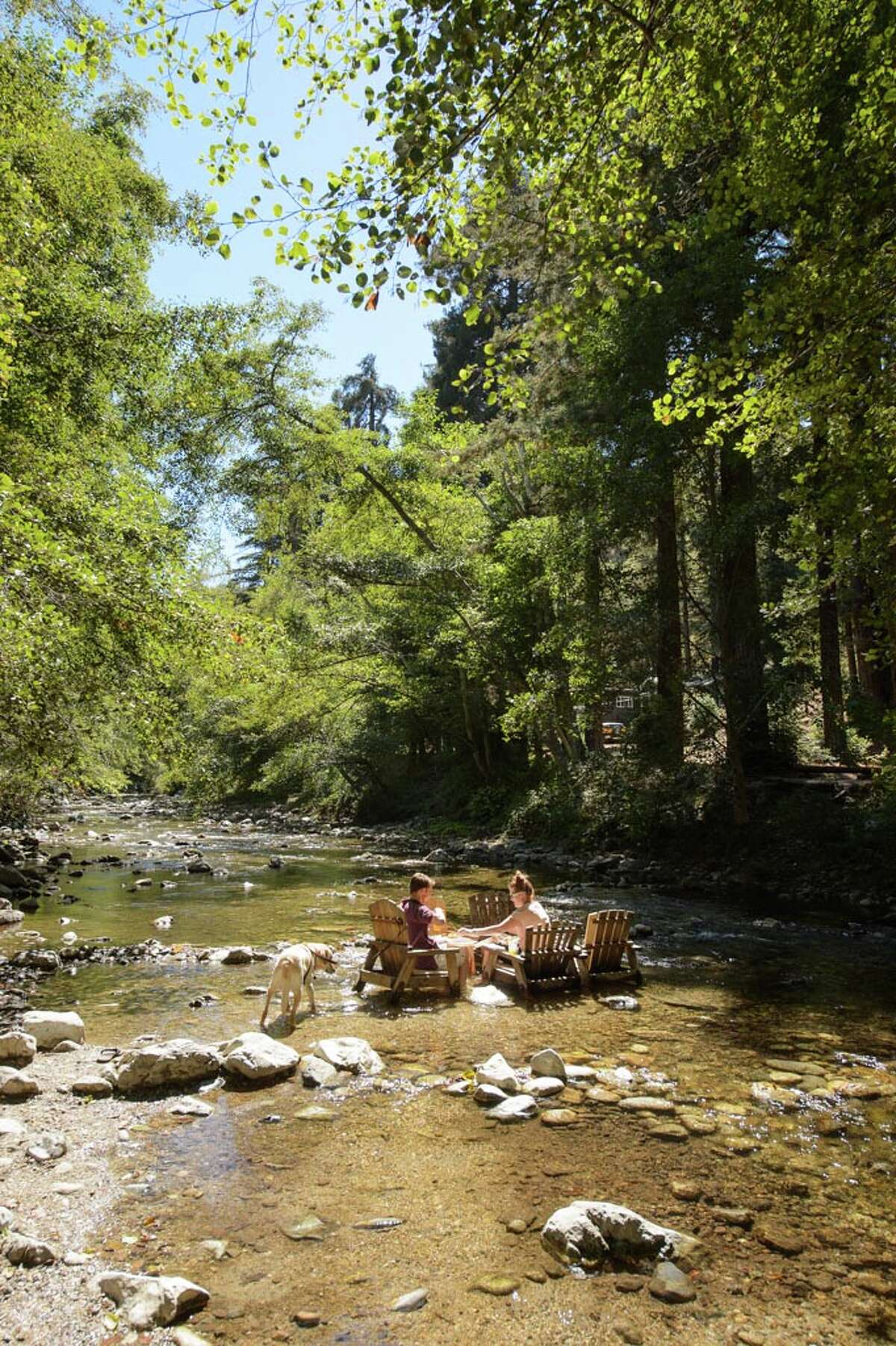 Big Sur River Inn: Its proxminity to the Big Sur River gives visitors an excuse to dip their toes in the water.