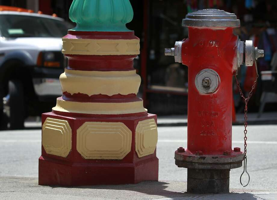 Illegally painted hydrant at Grant Avenue and Pine Street in S.F. Photo: Paul Chinn, The Chronicle