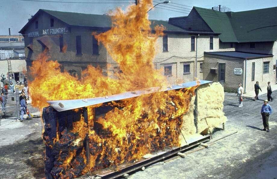 Paul Von Ringelheim's burning sculpture at the World's Fair in 1964. Photo: Bill Eppridge, Time & Life Pictures/Getty Image / Bill Eppridge