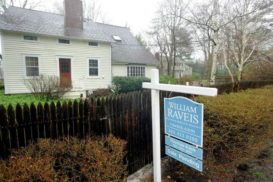 587 Haviland Road in Stamford, Conn. has a sale pending sign out front on Tuesday, April 15, 2014.. Photo: Cathy Zuraw / Stamford Advocate