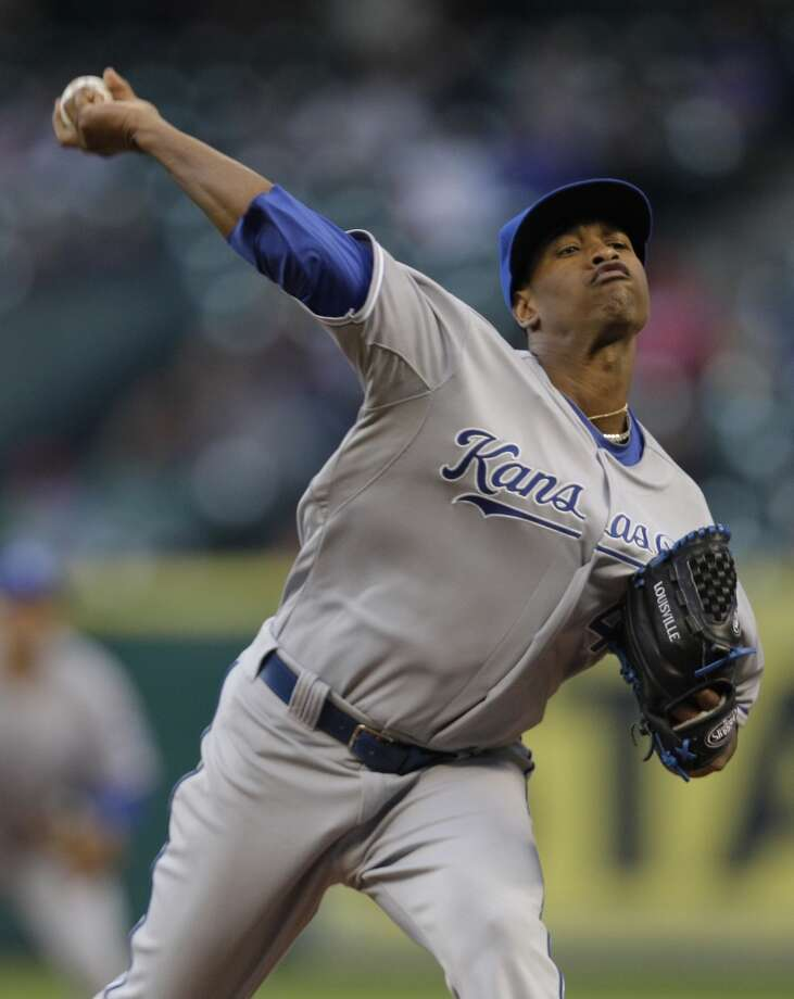 Yordano Ventura pitches against the Astros. Photo: Melissa Phillip, Houston Chronicle