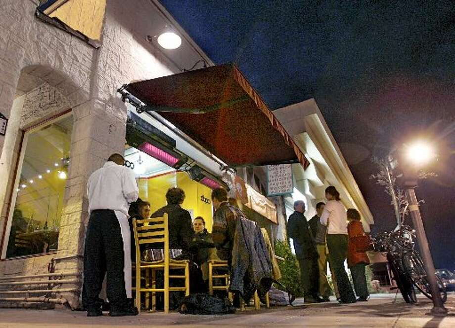 Dopo in Oakland is always busy. Photo: The Chronicle, 2005