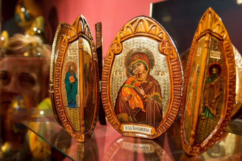 "A folding wooden egg from Russia, decorated with icons, is on display at the exhibition ""Eggs of the World"" at the town museum of Schwabach, southern Germany. Photo: DANIEL KARMANN, AFP/Getty Images"