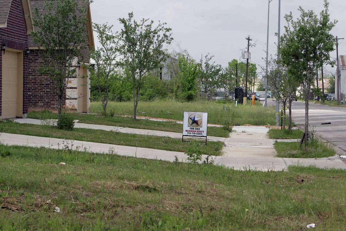 A sidewalk ends in the Southview Villas subdivision Tuesday, April 1, 2014, in Houston. ( James Nielsen / Houston Chronicle )