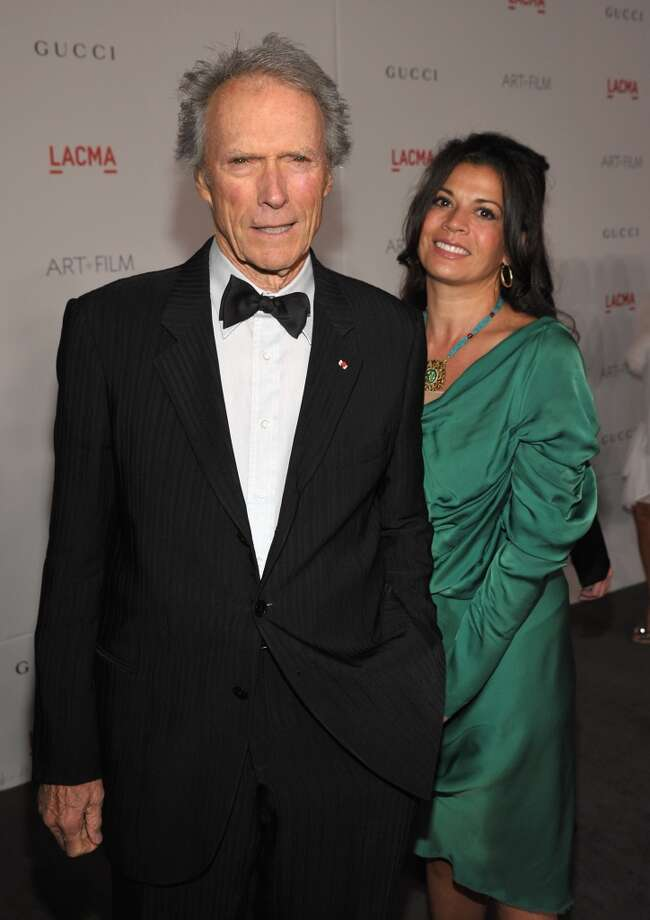Clint Eastwood and Dina Ruiz-Eastwood (Age difference: 35 years)