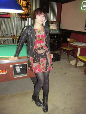 Holly MacGibbon, 27