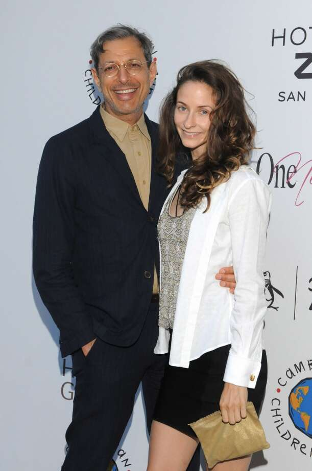 """Jeff Goldblum and Emilie Livingston(Age difference: 30 years) When she was born in 1983, he had roles in """"The Right Stuff"""" and """"The Big Chill."""" Photo: Vivien Killilea, Getty Images"""