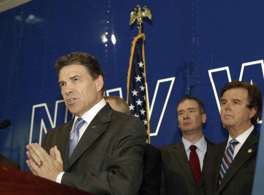 Texas Gov. Rick Perry has vetoed a bill to clarify that dark-money groups must disclose contributors. Texas' top dark-money group  is fighting subpoenas related to campaign funds. Photo: Houston Chronicle File Photo / © 2012 Houston Chronicle