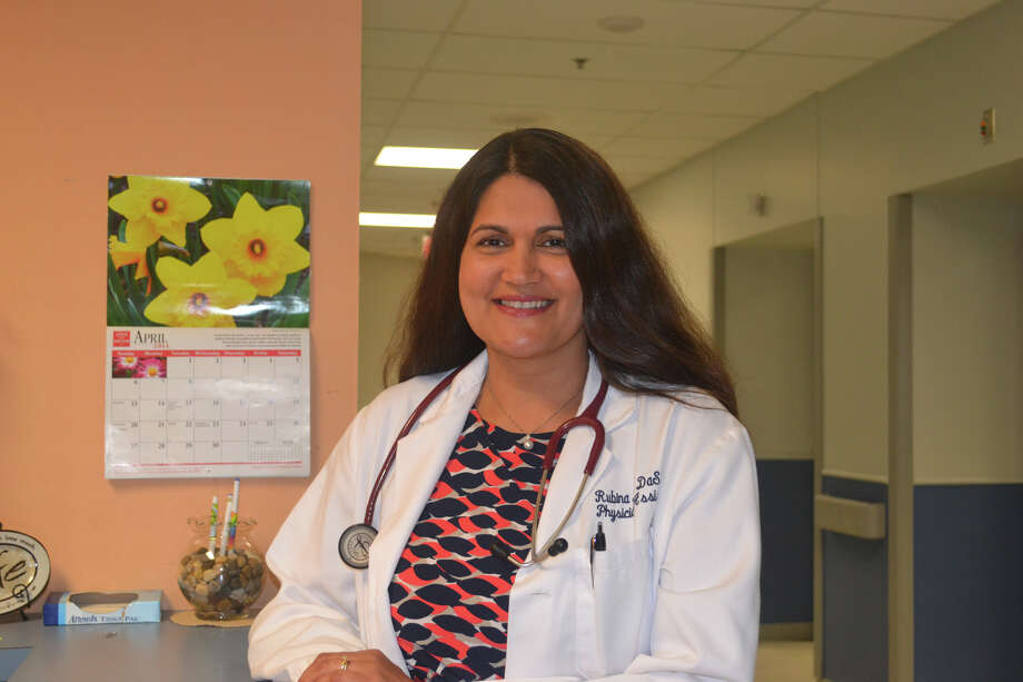 Rubina DaSilva is a physician assistant, U.S. Navy veteran. She works at the Michael E. DeBakey VA Medical Center.