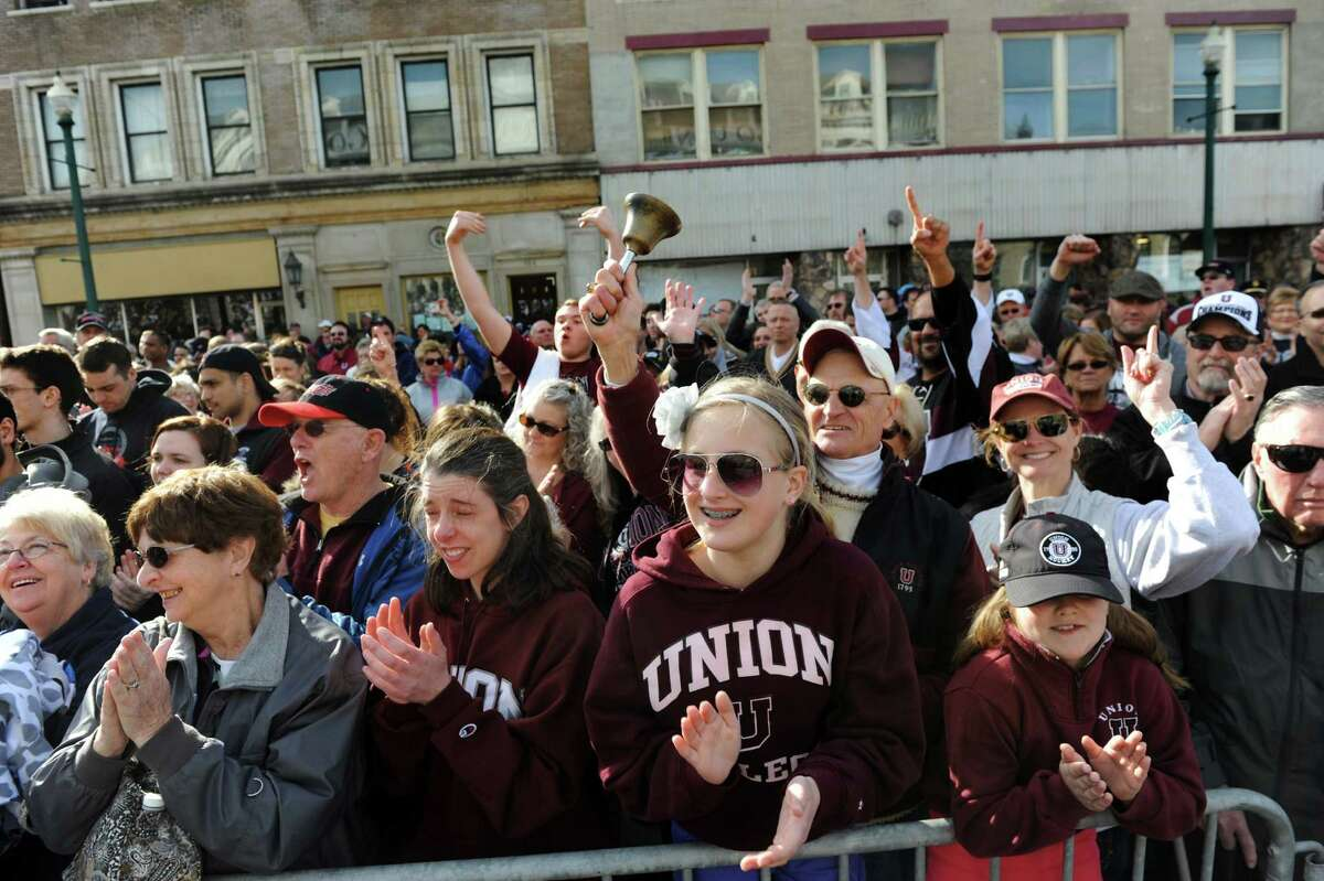 Union fans cheer during a celebration to honor the college's NCAA Hockey Champions on Thursday, April 17, 2014, at City Hall in Schenectady, N.Y. (Cindy Schultz / Times Union)