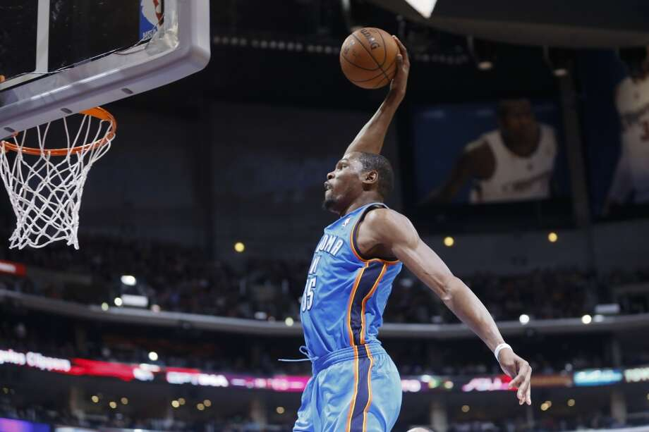 Oklahoma City Thunder  4/1 Photo: Danny Moloshok, Associated Press