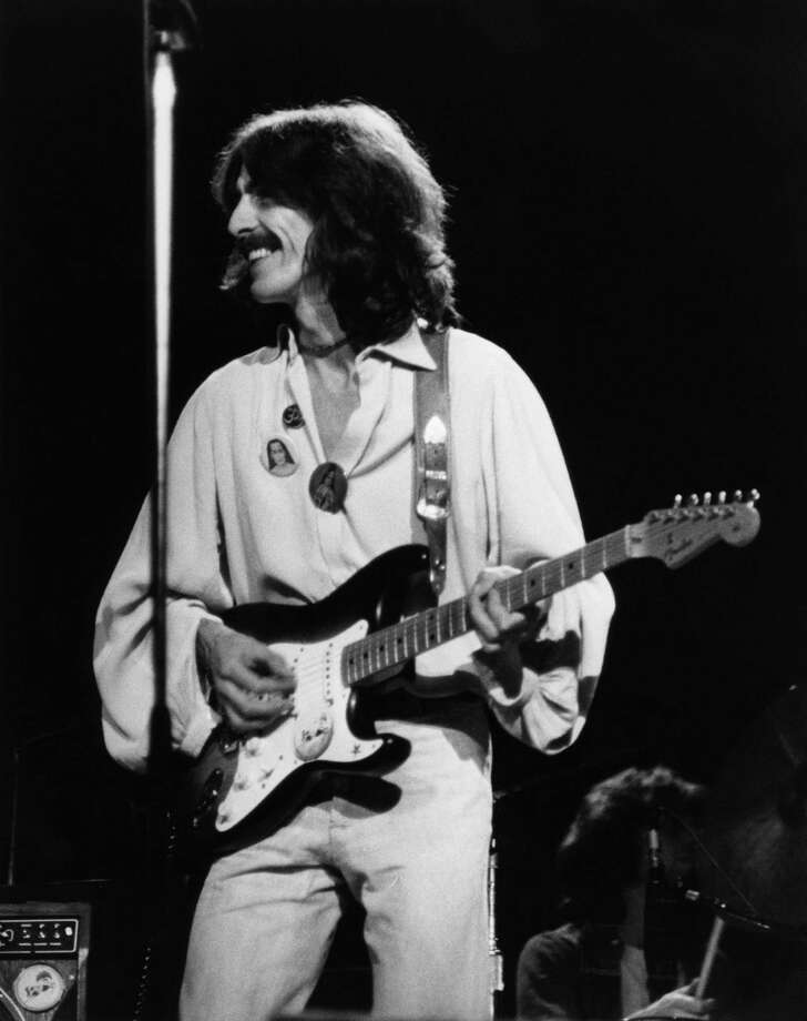 UNITED STATES - DECEMBER 01:  Photo of George HARRISON; performing live onstage on Dark Horse tour, playing Fender Stratocaster guitar,  (Photo by Steve Morley/Redferns) Photo: Steve Morley, Getty Images / Redferns