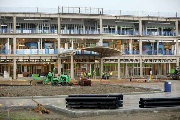 A hospital project in Pearland adds to area growth.