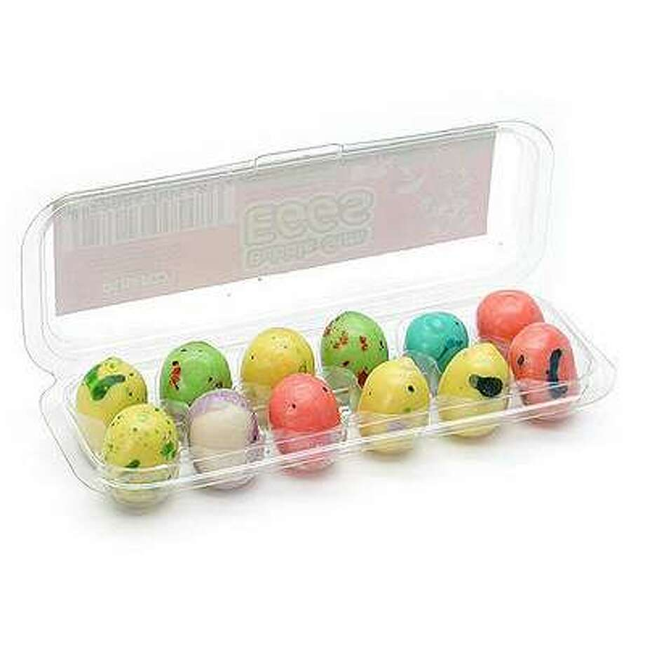 No. 17 – Bubble Gum Eggs:What's worse – that they're a lousy gum or that their appearance fools the brain into thinking they're one of several similarly-sized/shaped Easter candies that are far superior (more on these later).