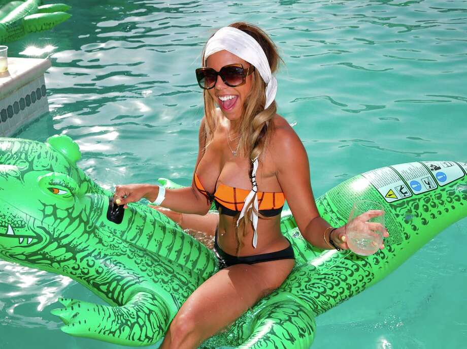 Lacoste pool party Photo: Joe Scarnici, Getty Images For LACOSTE / 2014 Getty Images