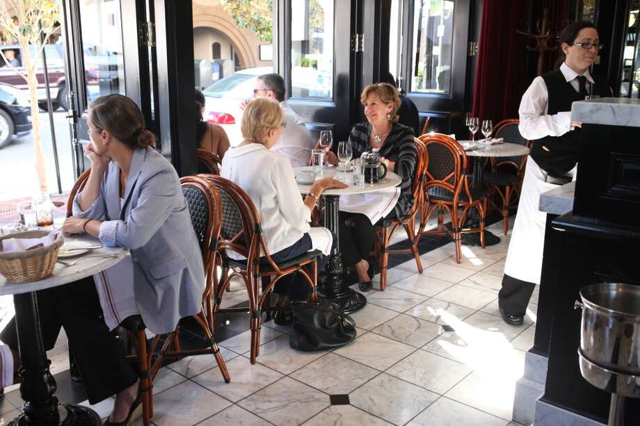 Cafe Des Amis: The gorgeous Cow Hollow French restaurant is a tony option, with lots of light and open air tables. (Available times: 10:15, 2:00) Photo: Mike Kepka, The Chronicle