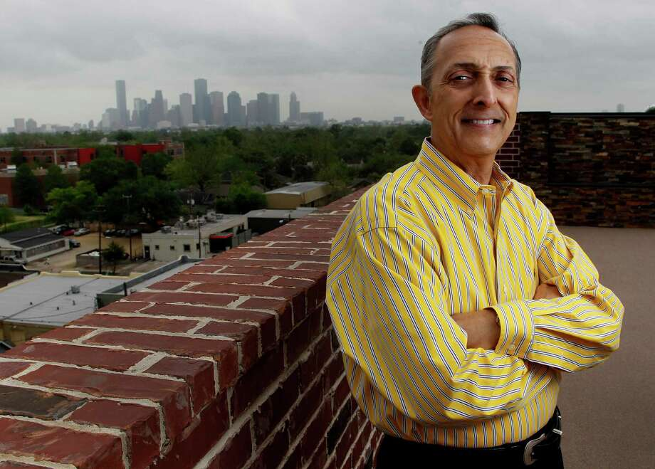 John M. Carrabba opened Piatto Ristorante, a branch of the popular Galleria restaurant, in a new residential building in the Heights on Studewood. Photo: Karen Warren, Staff / © 2014 Houston Chronicle