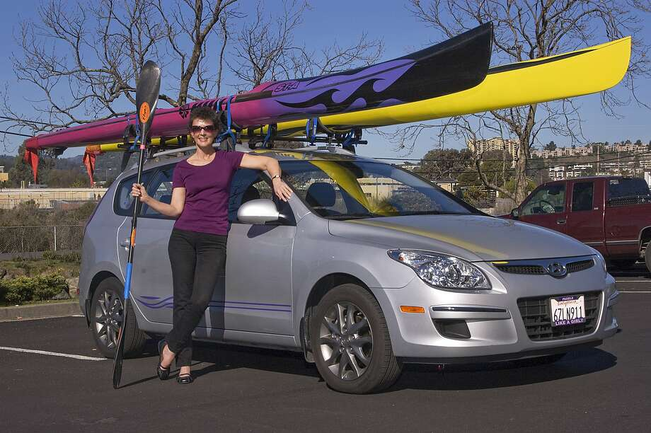 Elaine Baden lives in the Richmond Hills with her husband John and a very spoiled Calico cat. Her passion in life is racing kayaks, surfskis and anything else that floats. Photo: Stephen Finerty