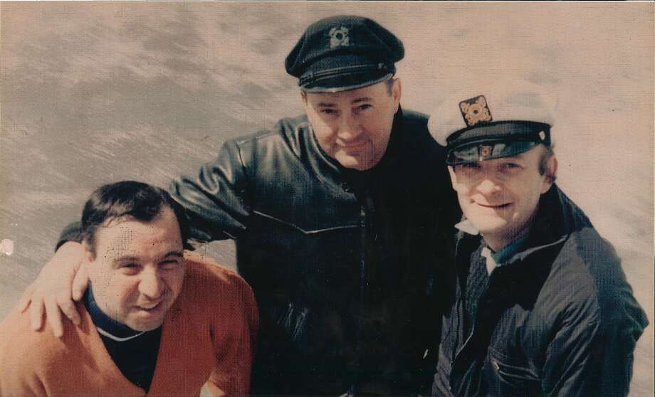 Songwriter-producer Berns (right) relaxes on his boat with friends Carmine DeNoia (left) and Patsy Pagano. Photo: Courtesy Of Carmine DeNoia