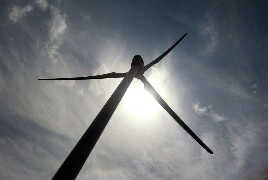 Interest in Texas wind farms is tied to the better economy. Photo: Michael Ainsworth / Dallas Morning News / Dallas Morning News