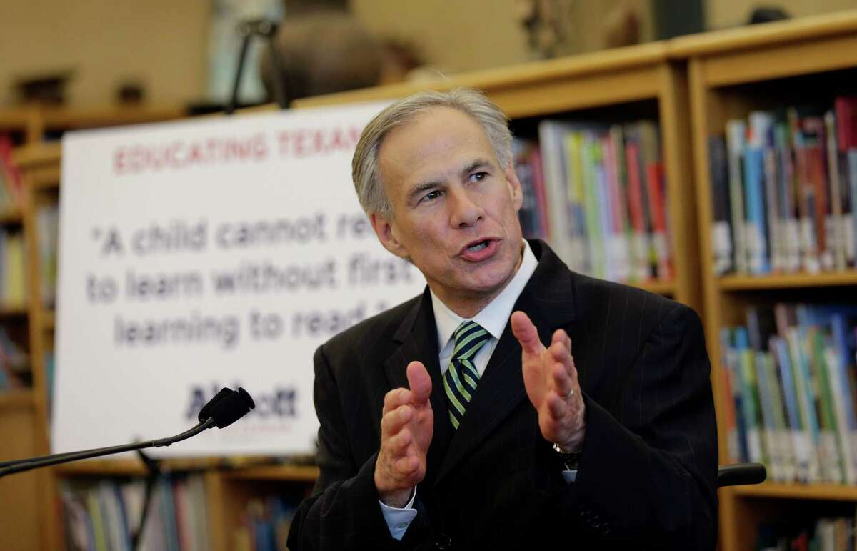 """What aides for Attorney General Greg Abbott called a """"serious ethics issue"""" - an FBI inquiry into a North Texas tollway - was characterized as old news by the Wendy Davis campaign."""
