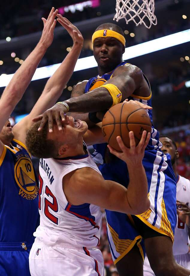 Jermaine O'Neal gets Blake Griffin on this play, but it was Griffin who sat with foul trouble. Photo: Stephen Dunn, Getty Images