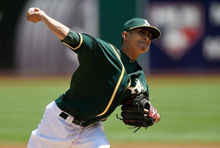A's starter Jesse Chavez picked up his first win of the season. Photo: Thearon W. Henderson, Getty Images