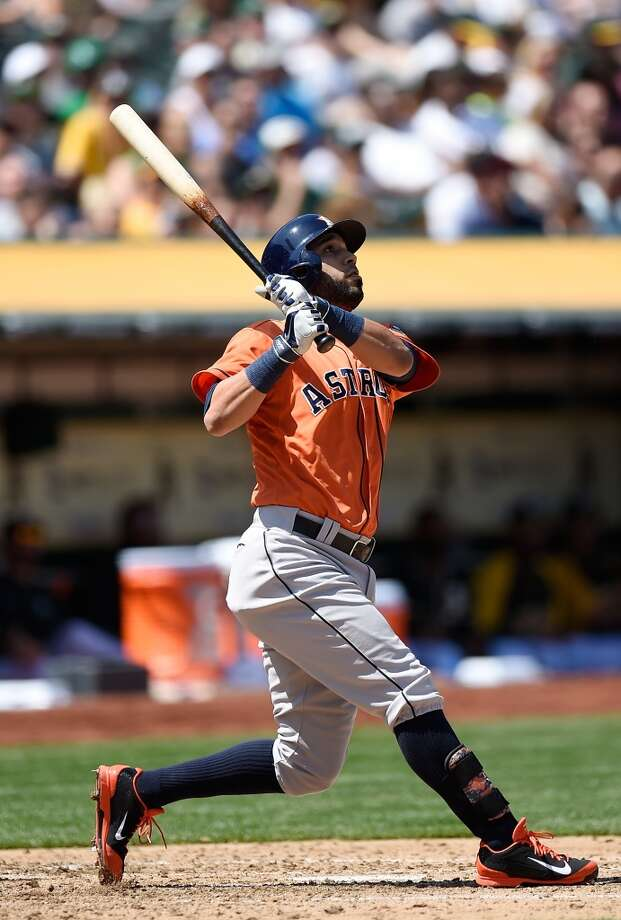 Marwin Gonzalez hits a solo home run in the top of the fourth inning. Photo: Thearon W. Henderson, Getty Images