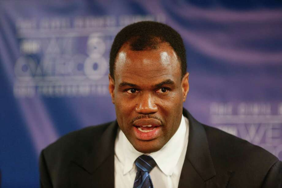 "Basketball hall of famer David Robinson answers press questions following the ""Social Justice in the 21st Century"" panel during the Civil Rights Summit on Thursday, April 10, 2014, in Austin, Texas. Photo: Jack Plunkett, Associated Press / FR59553 AP"