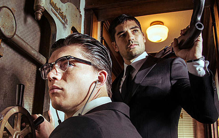 'From Dusk Till Dawn's' first season finale airs on El Rey on Tuesday, May 13th at 8 p.m. / (c) 2014 El Rey Network LLC. All rights reserved.