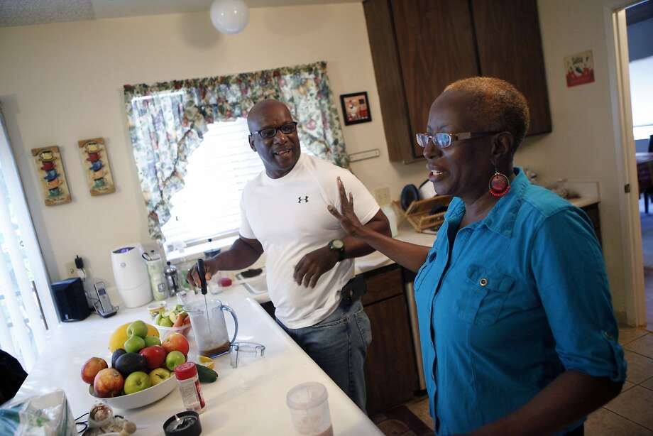Chuck and Priscilla Harlins of Oakland are among 600 black patients taking part in a study on reducing high blood pressure. Photo: Michael Short, The Chronicle