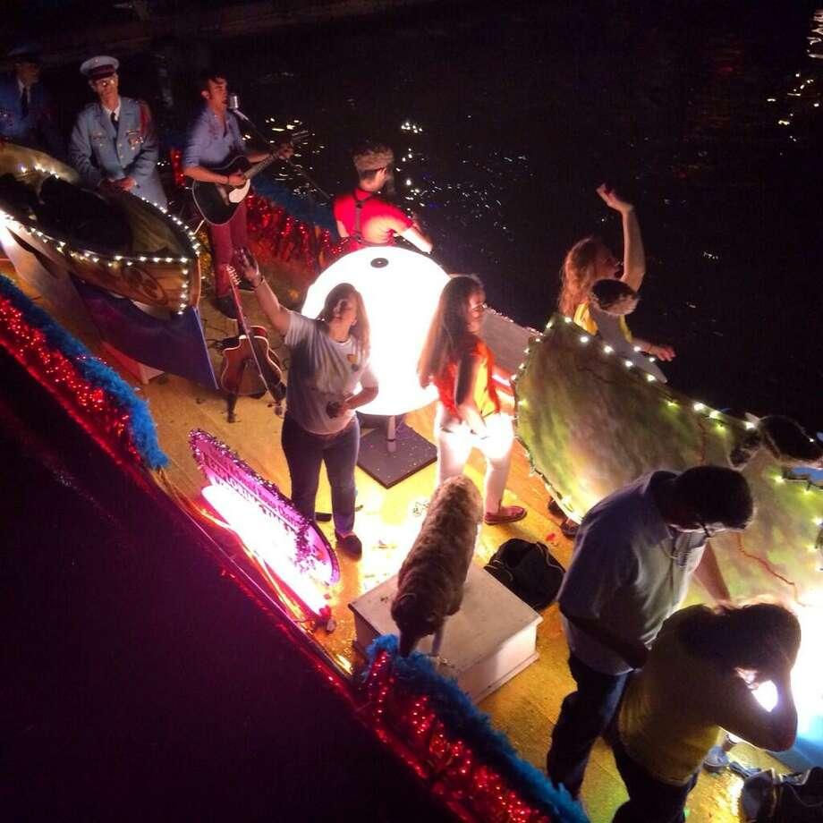 Ride on a Fiesta Float. Photo: Benjamin Olivo, San Antonio Express-News