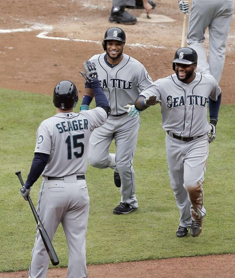 Thursday, April 17Mariners 6, at Rangers 8Second baseman Robinson Cano hit his first home run in an Mariners uniform, but that wasn't enough for Seattle to avoid its third-straight loss. Kouzmanoff again made the difference for Texas, with his two doubles leading to two runs and a series victory. Photo: Brandon Wade, Associated Press