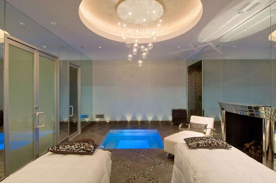 The spa has a jacuzzi, steam room, sauna and massage area. Photo: The Corcoran Group