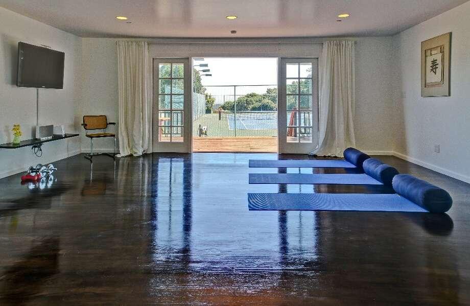 The fitness center Photo: Randy Knight