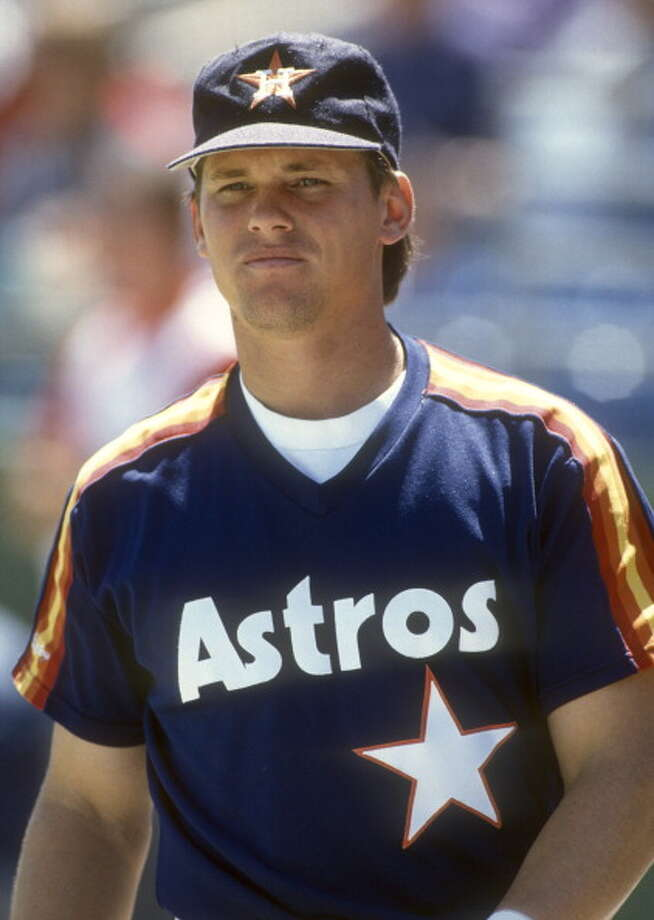 This catcher-turned-short stop maybe the greatest Astro of all time. (Put him in the Hall of Fame already, Cooperstown!) Photo: Ron Vesely, Getty Images / 1988 Ron Vesely
