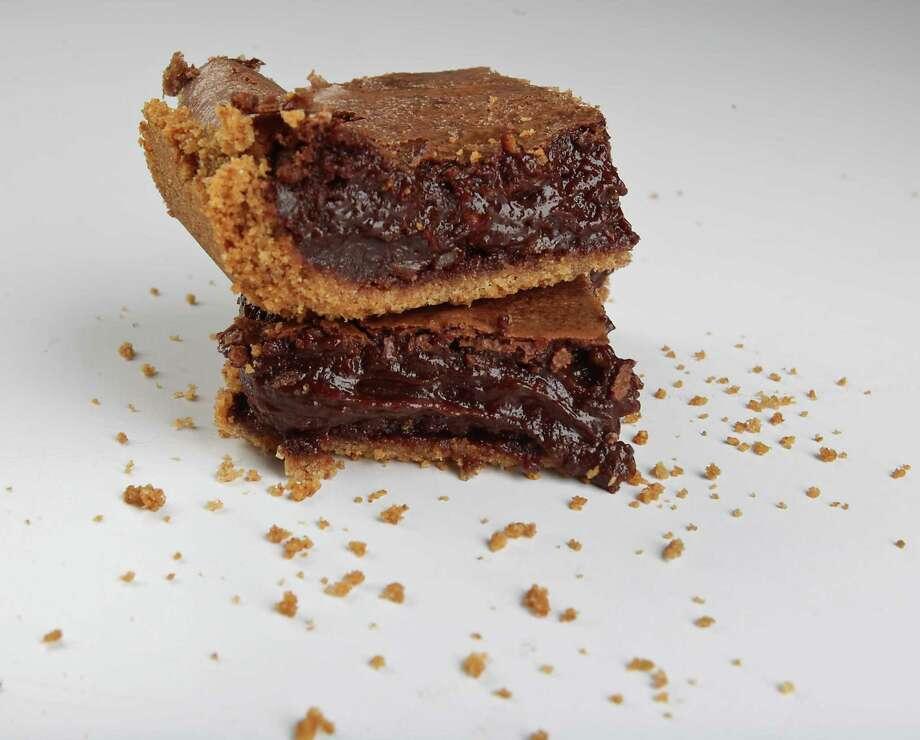 Chocolate Mud Bars Photo: James Nielsen, Staff / © 2014  Houston Chronicle