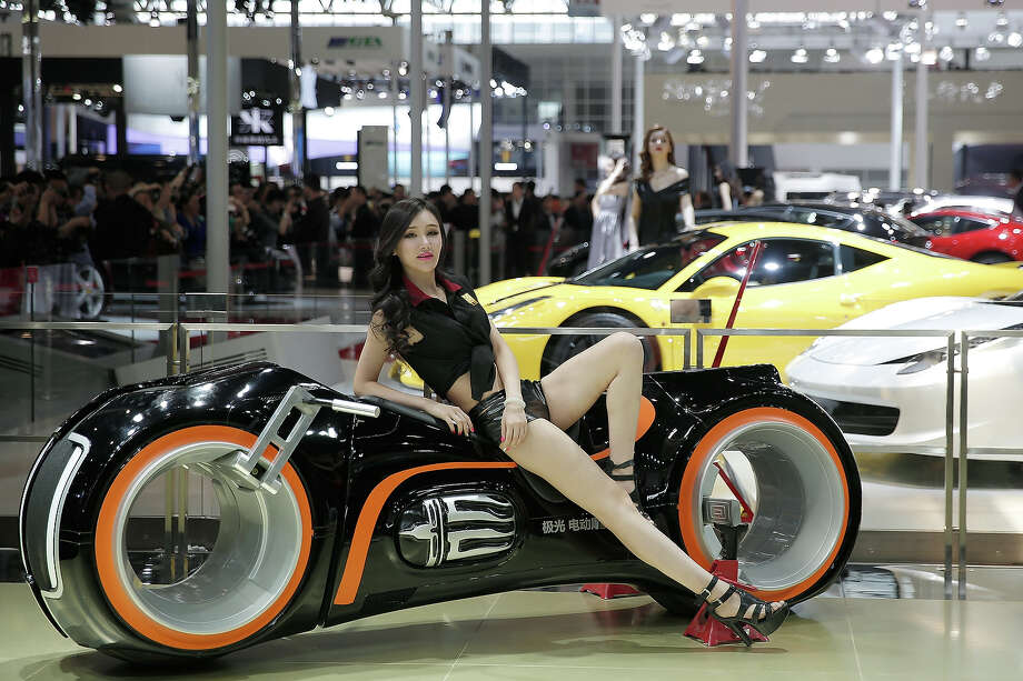 The 2014 Beijing International Automotive Exhibition is underway and the models are just as hot as the vehicles on display. Take a look at the babes that are stealing the show. Photo: Lintao Zhang, Wire Images / 2014 Getty Images