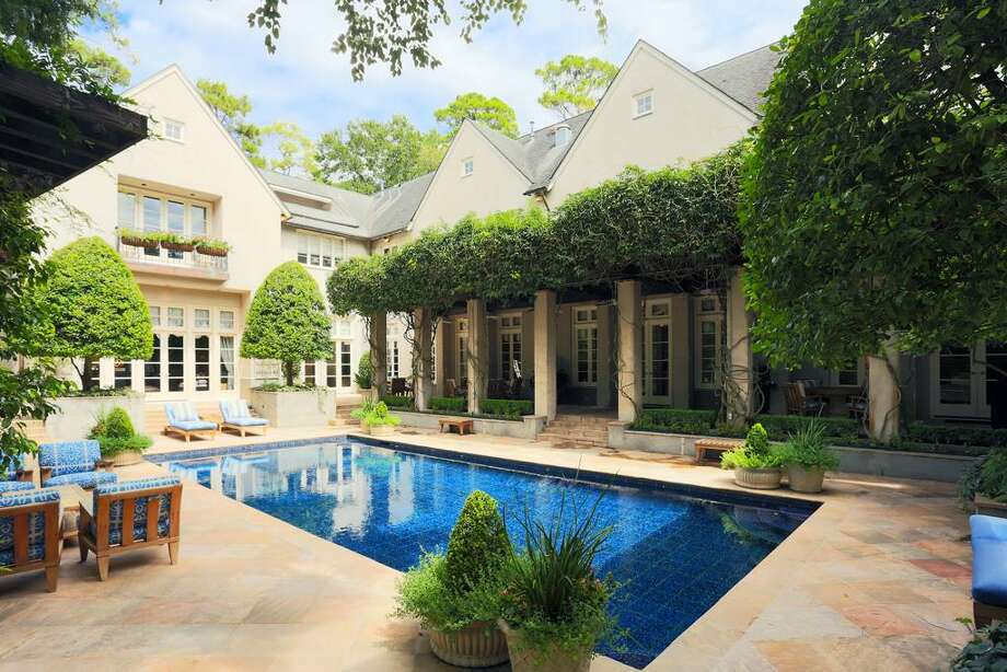 3907 Inverness: This 1992 home has 7 bedrooms, 7 full and 2 half bathrooms, 12,232 square feet, and is listed for $11,200,000. Photo: Houston Association Of Realtors